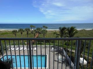 Ocean Village JJ Ocean House 2032 - Ocean View, Fort Pierce