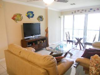 Ocean Village JJ Ocean Villas III 922 - Golf Course View, Fort Pierce
