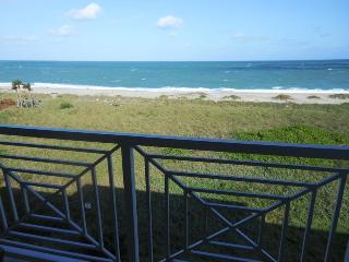 Ocean Village JJ Ocean House 1042 - Ocean View, Fort Pierce