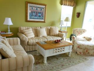 Ocean Village JJ Golf Lodges 500 Compass Drive - Pond View, Fort Pierce