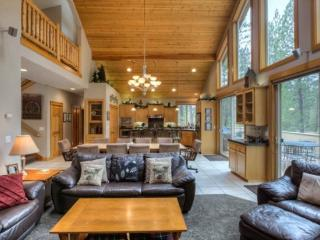 Deerfield Lodge - 5 Bedroom, Sunriver