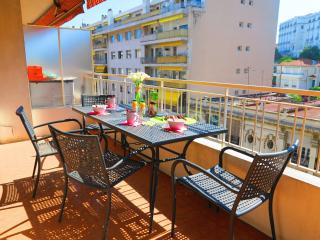 Ashley&Parker -BOTTERO TERRASSE- 2bedrooms and 2 bathrooms in the center of Nice