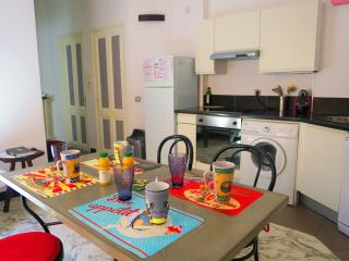 Ashley&Parker - NOE - 2 bedrooms flat for 4 persons in the center of Nice