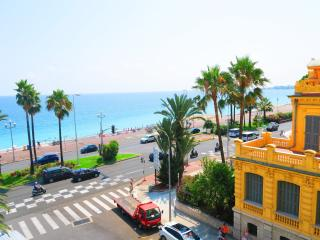 Ashley&Parker -  MIRAMAR VUE MER - On the Promenade des Anglais, balcony, Niza
