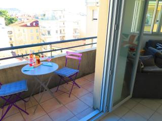 Ashley&Parker - JOFFRE- In the center of Nice, quiet 1 bedroom flat with balcony