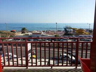 CasaVacanze con vista mare San Leone