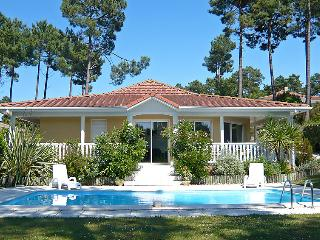 3 bedroom Villa in Lacanau, Gironde, France : ref 2299528