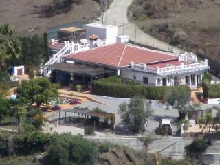 Hacienda del Sol - small country holiday complex