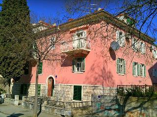2 bedroom Apartment in Split, Splitsko-Dalmatinska Zupanija, Croatia : ref 50538