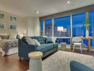 Chic studio-style condo downtown w/ city views - dogs OK!