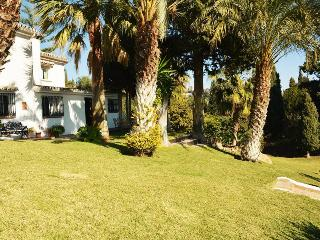 Lovely holiday home with great outdoor living space, Benalmadena