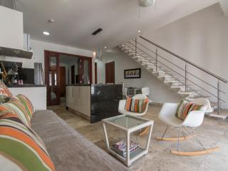 Lovely 1 Bedroom Apartment in Old Town, Cartagena