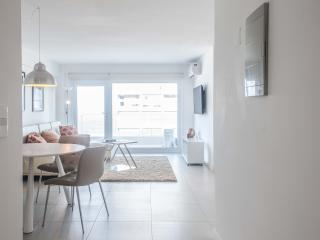 Modern 2 Bedroom Apartment in La Punta, Punta del Este