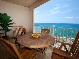 Sea Village 4207 Gorgeous 2B/2B oceanfront, renovated condo. FREE mid-size car!