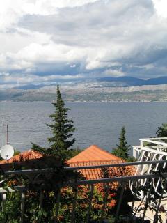 H(6+1): terrace view