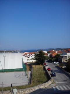 A4(2+2): terrace view
