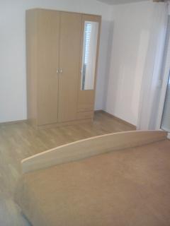 A4(2+2): bedroom