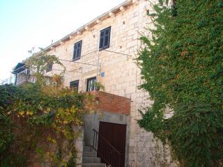 01801SUTI  A1(4) - Sutivan, Isla de Brac