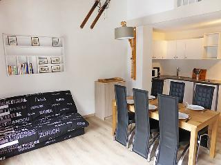 2 bedroom Apartment in Les Contamines-Montjoie, Auvergne-Rhône-Alpes, France :