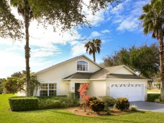 Southern Dunes - 4 BR Private Pool Home, Golf Course View, Haines City
