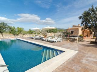 CAS ROTER - Villa for 7 people in Santanyi