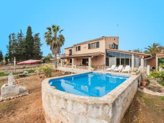 FLORIT - Property for 8 people in Muro