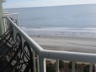 Beautiful 3 bedroom oceanfront condo, 3 balconies, Myrtle Beach