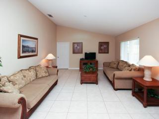 Orange Tree - 5 Bedroom Private Pool Home, Game Room, South Facing, Clermont