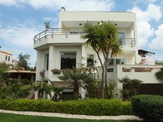 3 Bedroom Villa Lagonissi, Sea View - BLG 69203, Lagonisi
