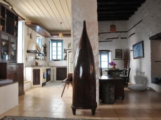 3 Bedroom Artist's Haven Villa in Hydra - BLG 69217, Hidra