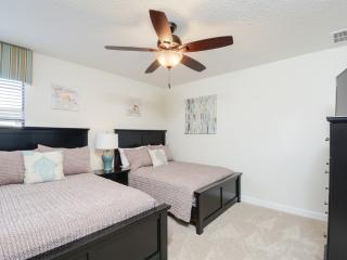 Book Instantly! Champions Gate - 8 Bedroom Private Pool Home, Davenport