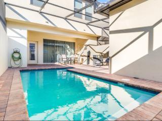 Alluring 5 BH Family Home VIPORLANDO, w/ pool