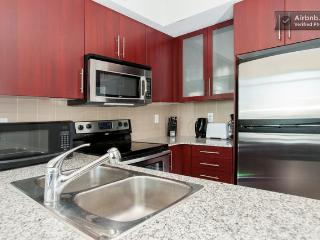 Toronto - Maple Leaf Square - Convertible 3 Bedroom - EPS 88863