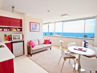 Sydney Condo with World Famous Manly Beach Views, Varonil