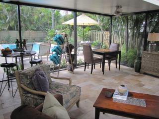 Avenue Ten - 3 Bedroom Pool Home - JFH 90657, Fort Lauderdale
