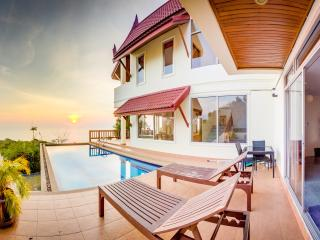 Beachview Villa Private Pool - 6BR - Temple House