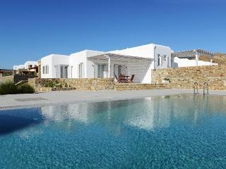 Blue Villas | Penelope | Close to Elia Beach