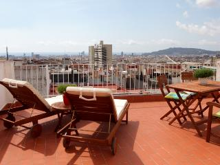 Gaudi Penthouse 2, Barcelona