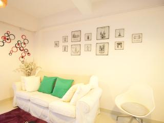 Downtown 3-Bdr sleeps 5-10 ppl 2 Bathrooms 14C, Hongkong