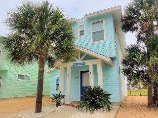 Blue Heaven 18RP. NEW RATE! Fabulous community pool! Located in town.