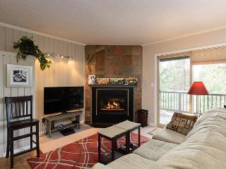 A charming ground floor unit newly decorated and in the Deschutes forest!, Oretech