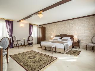 Splendida Palace - Deluxe double or twin room, Split