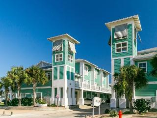 3BR Townhome with Tower Views of Port A – 2 Minutes to the Beach!