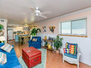 2BR Beachside Beauty w/ Pool in North Padre Island