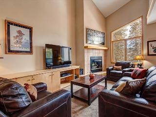 4BR Breckenridge House – Walk to Beaver Run & Snowflake Lifts!