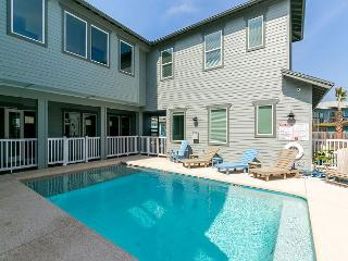 Bella Mar: PRIVATE POOL, Gated Community, Close to Beach, Garage, Port Aransas
