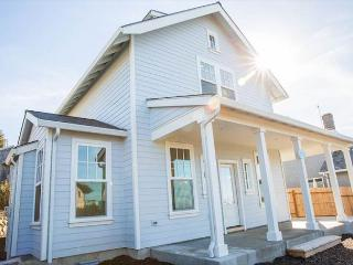 Brand New Luxury Home With Ocean Views!, Lincoln City