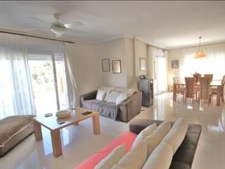 Monte Leon Villa 3 Bedrooms 2 Bathrooms, Los Belones