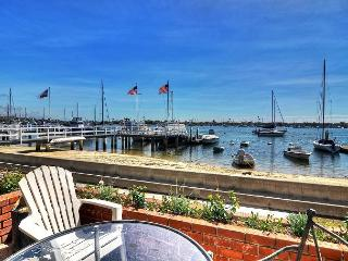 Beautiful South Bayfront Home with 4 Bedrooms & 5 Baths on Balboa Island