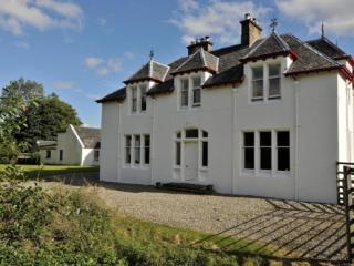 Large 6 Bedroom House: Ledgowan Lodge 400675, Achnasheen